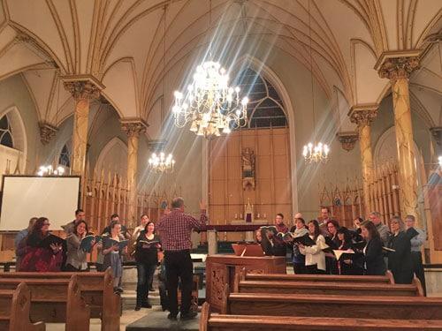 Enregistrement chorale dans une église